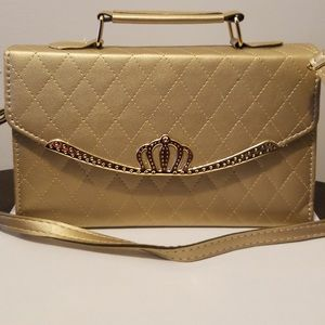 Handbags - Gold quilted leather handbag